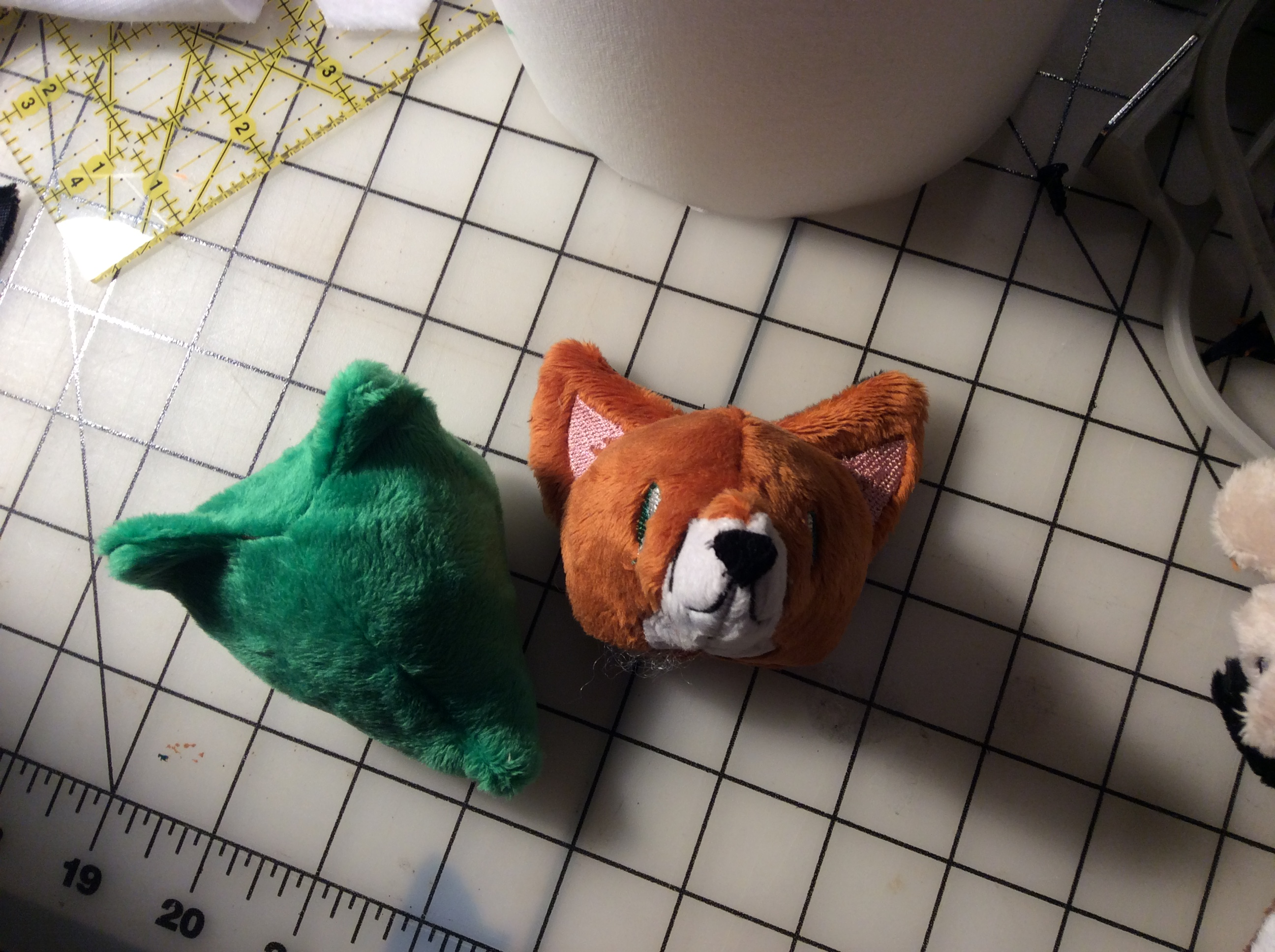 A different angle on the fox head.